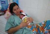 Cứu sống bé sơ sinh nặng 600 g