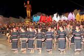 Khánh thành tượng đài Bác Hồ với các dân tộc Tây Nguyên