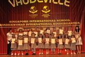 Giới hạn học sinh học trường quốc tế: Bất hợp lý, dễ phát sinh tiêu cực