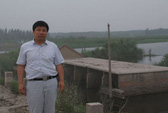 """Trung Quốc: Bỏ xứ vì """"hố tử thần"""""""