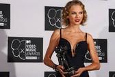 Taylor Swift dẫn đầu đề cử giải thưởng nhạc đồng quê Mỹ