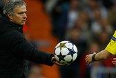 """Mourinho không thể phá """"dớp"""""""