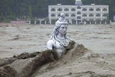 """Ấn Độ: Gần 6.000 người mất tích trong """"sóng thần Himalaya"""""""