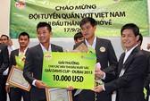 Đội tuyển quần vợt nam được thưởng 200 triệu đồng