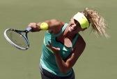 Sharapova lần thứ ba liên tiếp vào chung kết