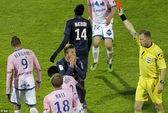 Beckham lãnh thẻ đỏ, PSG vẫn nhấn chìm Evian