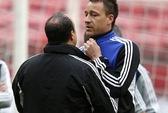 Terry muốn được thầy cũ Mourinho giữ chân