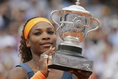 Sharapova vẫn không cản nổi Serena Williams
