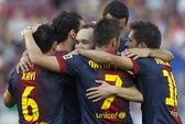 Barcelona cân bằng kỷ lục, HLV Mourinho bị la ó trong ngày chia tay