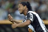 """Vô địch Nam Mỹ, Ro """"vẩu"""" có cơ hội trở lại tuyển Brazil"""