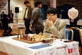 Quang Liêm dừng bước ở loạt tie-break vòng 4