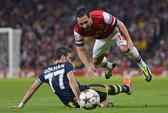 Ramsey tỏa sáng, Arsenal giành vé dự Champions League
