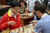 Quang Liêm đả bại Vallejo Pons, vào vòng ba