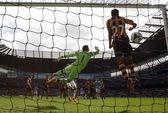 Thắng Hull City 2-0, Man City giải hạn trên sân nhà