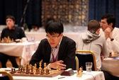 Quang Liêm thắng Grischuk ván mở màn vòng ba
