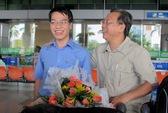 Ngày về ngập niềm vui của Quang Liêm, Hoàng Nam