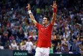 Djokovic tỏa sáng, Serbia giành quyền dự chung kết