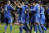 Ronaldo lập cú đúp, Real Madrid may mắn thắng Elche