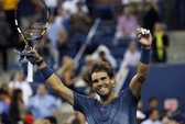Thắng dễ đồng hương Robredo, Nadal vào bán kết