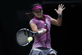 Loại Azarenka, Li Na gây sốc WTA Championships 2013