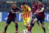Messi ghi bàn, Barcelona vẫn mất điểm tại San Siro