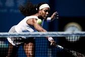 Serena Williams thoát hiểm, Wawrinka chia tay sớm