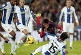 Sanchez lập công, Barcelona nối dài mạch thắng