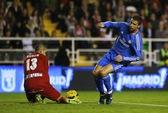 Ronaldo lập cú đúp, Real thoát hiểm trước Vallecano