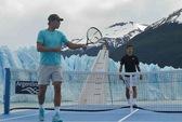 Djokovic so tài Nadal trên chấm 11 m và trên tàu