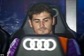 """""""Pháo thủ"""" nhắm Casillas"""