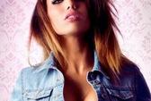 """Benzema """"sút tung lưới"""" nữ diễn viên Pháp bốc lửa"""