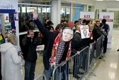 """""""Rồng rắn"""" xếp hàng chờ mua tự truyện Alex Ferguson"""