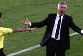 HLV Ancelotti: Ai cũng thấy penalty, trừ... trọng tài!