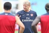 Đột nhập buổi tập kín của Arsenal