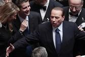 Chính trường Ý lại chao đảo vì Berlusconi