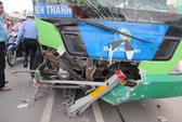Lâm Đồng: Xe khách tông xe máy, 4 người chết trong đêm
