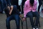Tranh cãi hình phạt bắt học sinh nắm tay vì đánh nhau