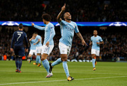 Nhẹ nhàng hạ Napoli, Man City đứng đầu bảng F