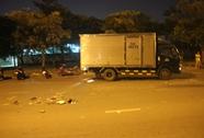 Bị xe tải đi ngược chiều tông, hai người bất tỉnh