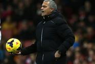 Ông Mourinho bị CĐV Arsenal la ó vì chỉ đạo nhàm chán