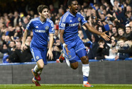 """Đánh bại """"Lữ đoàn Đỏ"""", Chelsea vào Top 3"""