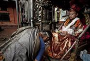 Kỳ lạ tục chọn thánh nữ ở Nepal