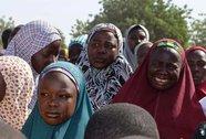 Bắt 200 nữ sinh vào rừng cưỡng hôn tập thể