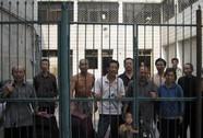 Trung Quốc cho quan chức đi thăm nhà tù để cảnh cáo