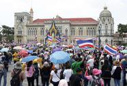 Thái Lan: Người biểu tình lại xông vào tòa nhà chính phủ