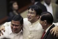 Con trai cựu Tổng thống Philippines bị bắt vì tham nhũng