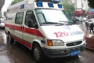 Chờ đóng lệ phí xe cứu thương, bé 1 tuổi chết thảm