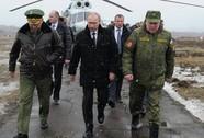 Ông Putin thị sát tập trận bắn đạn thật