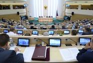 Tổng thống Putin mất quyền can thiệp quân sự vào Ukraine