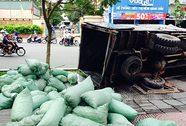 Vụ xe tải sụp hố ga, đè chết người: Tang thương một gia đình êm ấm